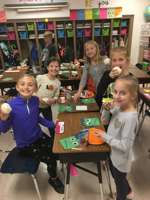 4th grade Fall Festival fun!