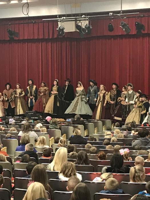 Madrigal Singers at HP!