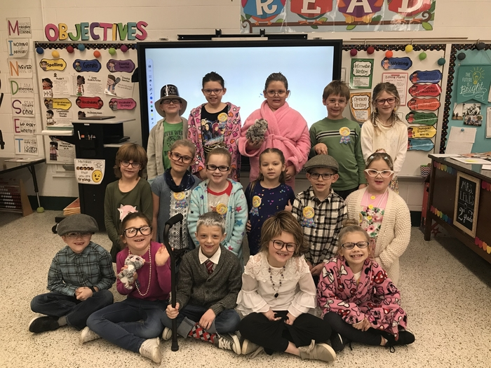 2nd graders celebrated 100 days of school by dressing like they're 100 years old!