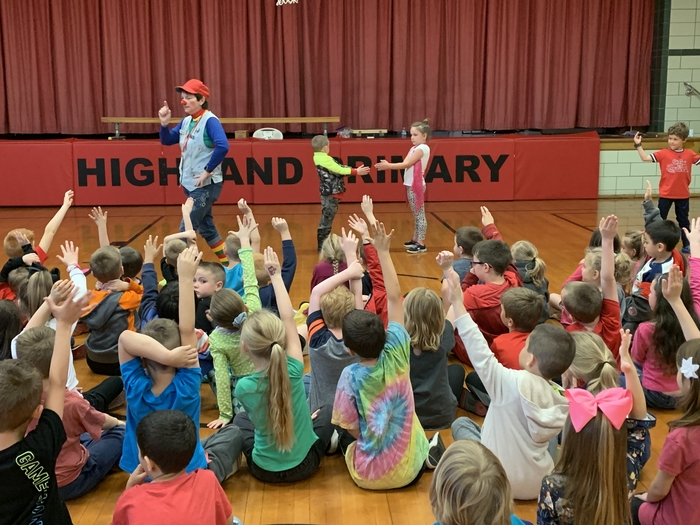 Ardy the Clown visits kindergarten!