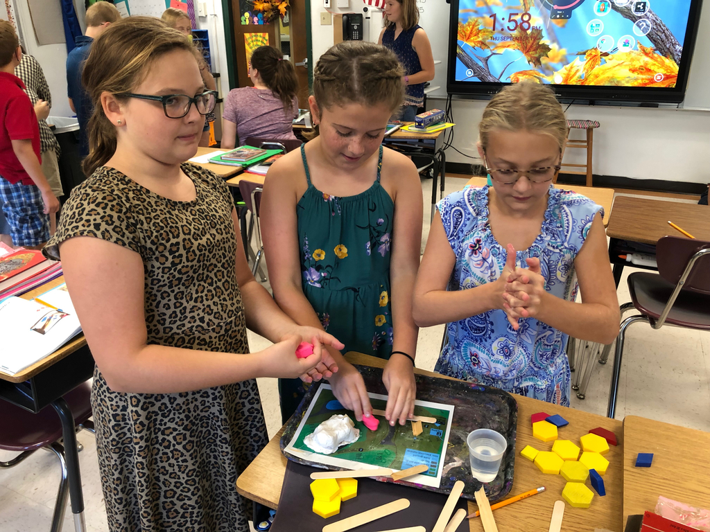 Fifth grade students participated in a hands on activity while studying the design process.