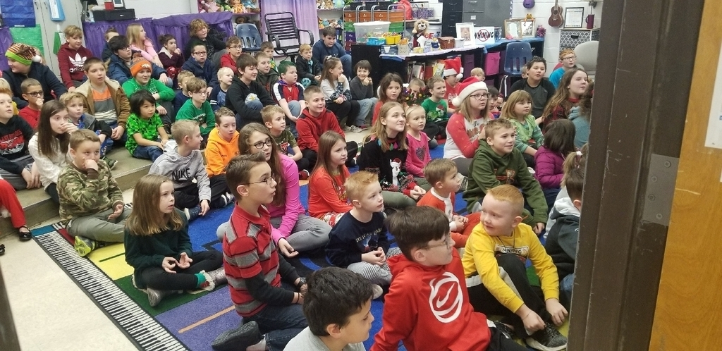 Students from HP and HE get to buddy sing Christmas Carols in music class this week!